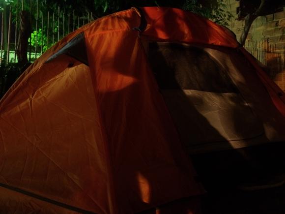 Barraca com a Tent Megalite desligada