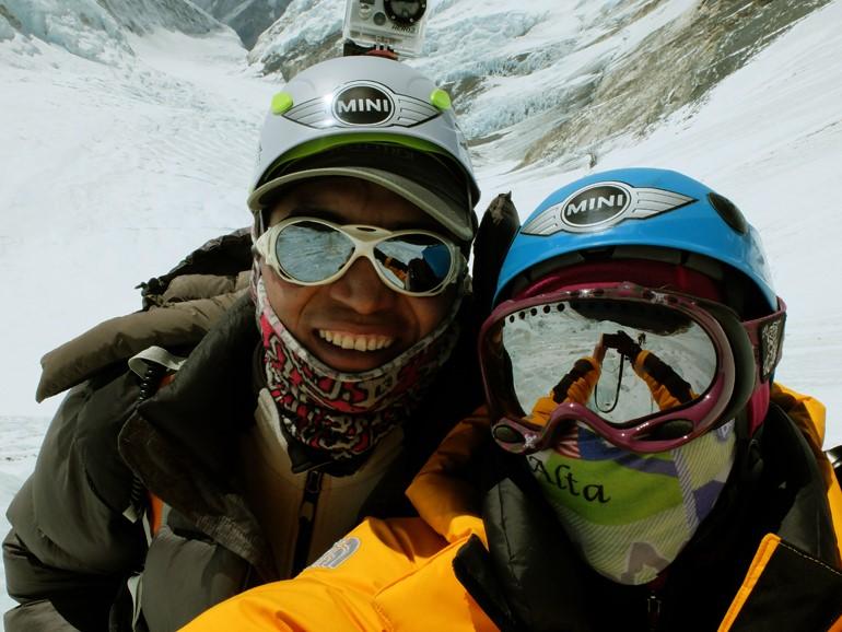 Karina-e-Pemba-Sherpa-na-Lhotse-Face