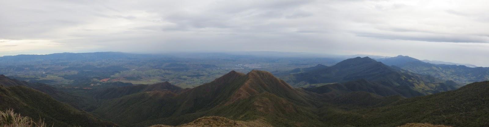 Vista panorâmica do cume do Capim Amarelo