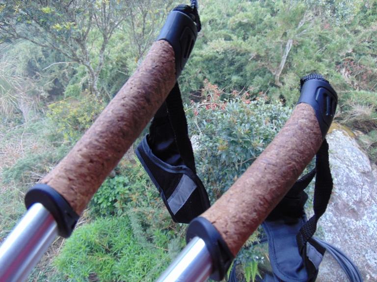 Manoplas ou punhos forrados com cortiça